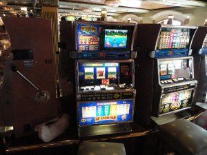 Cruise ship slot machines
